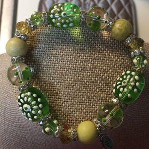 Jewelry - Super fun glass beaded bracelet